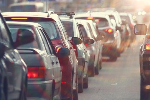 Lublin korki: Utrudnienia drogowe w mieście. Kierowcy mogą postać na ul. Krochmalnej - Zdjęcie główne
