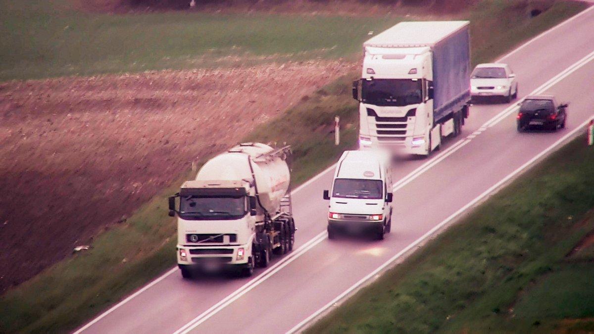 Policyjny dron zarejestrował kilka wykroczeń drogowych na Lubelszczyźnie - Zdjęcie główne