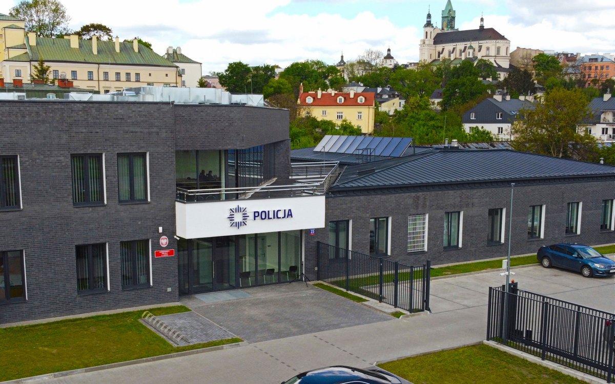 Lublin: Nowa siedziba komisariatu I Policji. Budynek ma zapewnić większe bezpieczeństwo mieszkańcom [GALERIA] - Zdjęcie główne