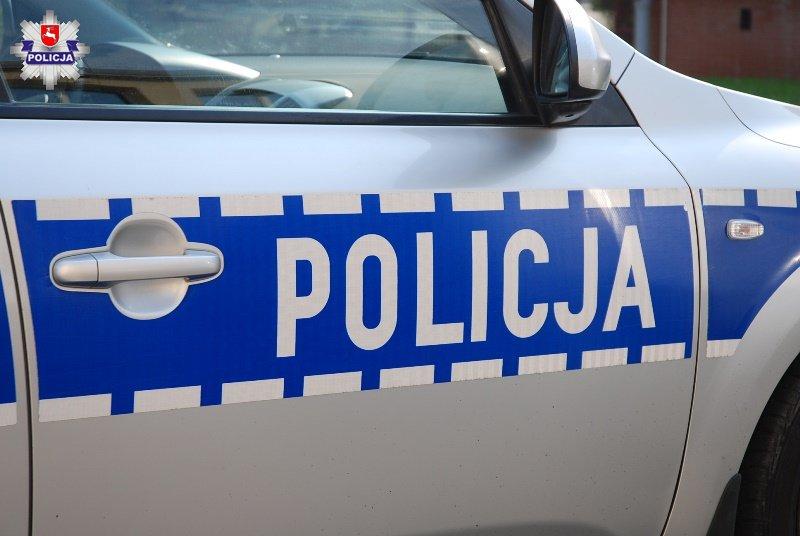Lublin: Z siekierą i nożem napadli na 25-latka. Ukradli telewizor, konsolę i samochód - Zdjęcie główne