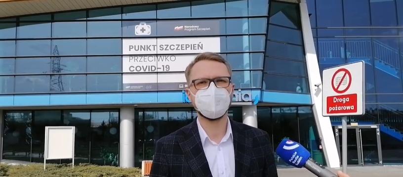 Akcja szczepień przeciwko COVID-19 w Lublinie. Poseł Michał Krawczyk wskazał błędy [WIDEO] - Zdjęcie główne