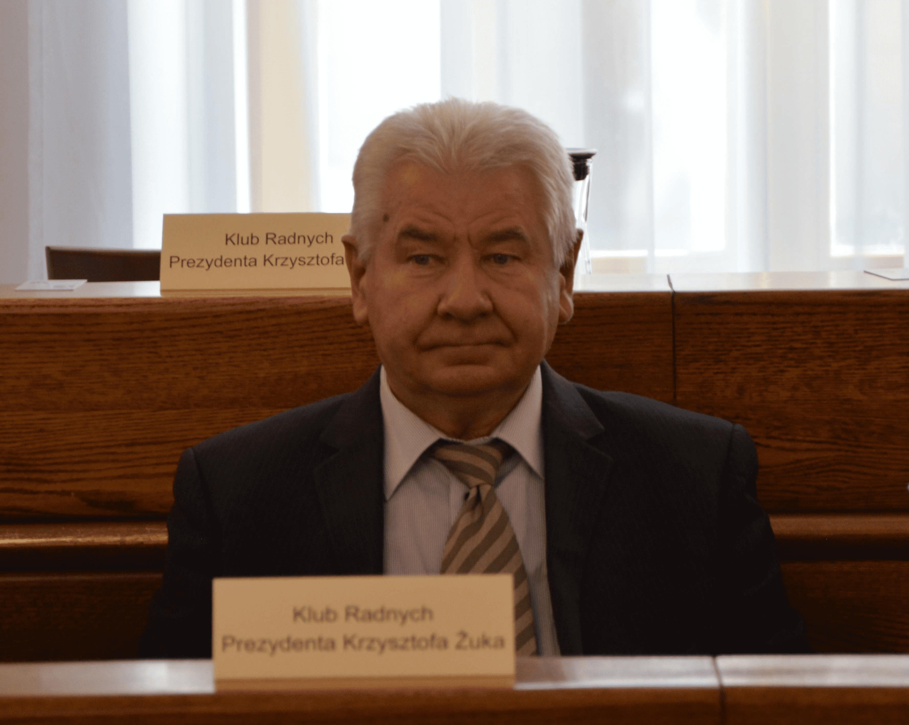 Radny Adam Osiński wskazał problemy w Parku Zawilcowa w Lublinie. Ratusz bierze pod uwagę budowę brakującego chodnika - Zdjęcie główne