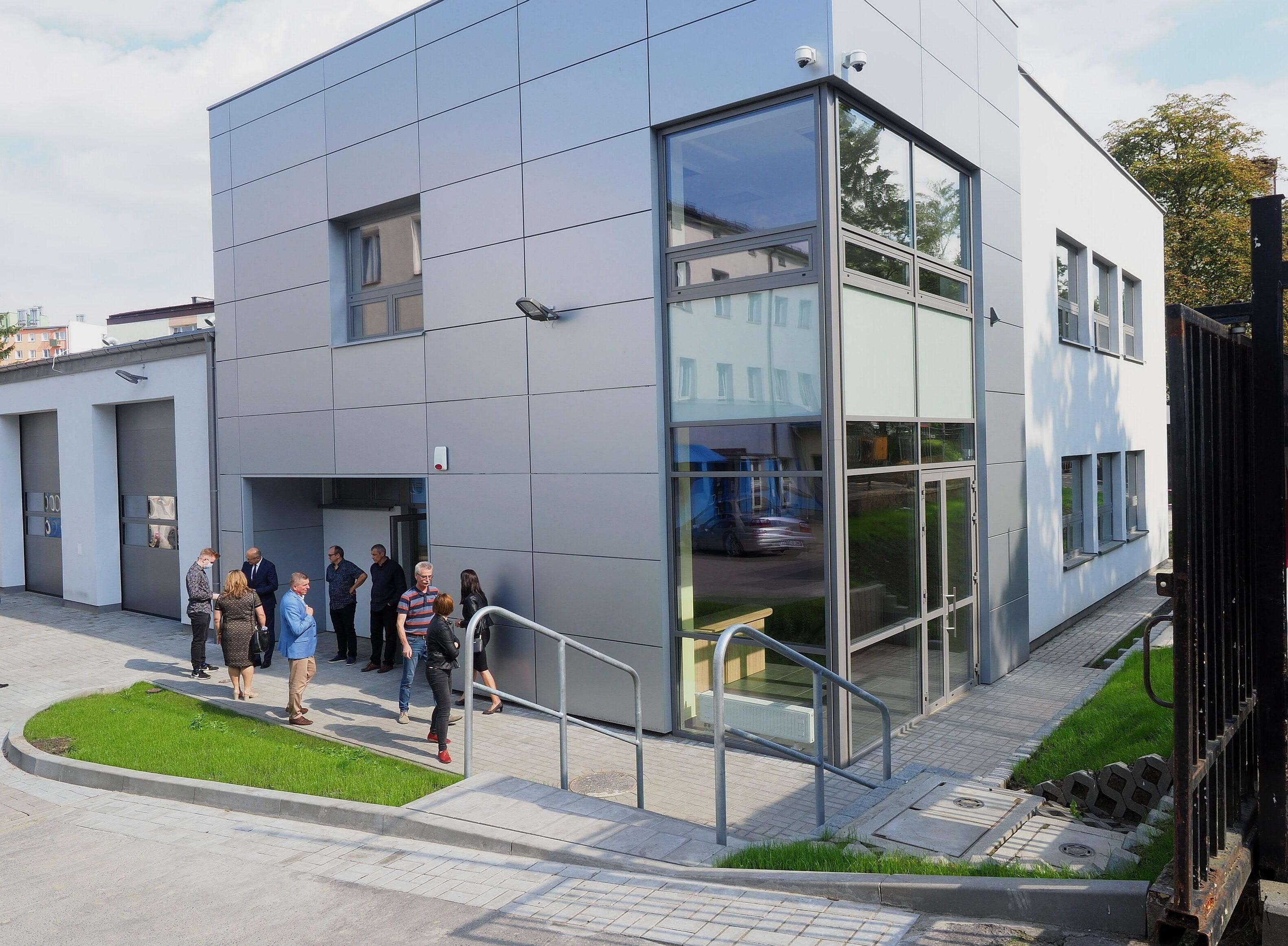 Zespół Szkół Samochodowych im. St. Syroczyńskiego w Lublinie ma nowy budynek i sprzęt - Zdjęcie główne