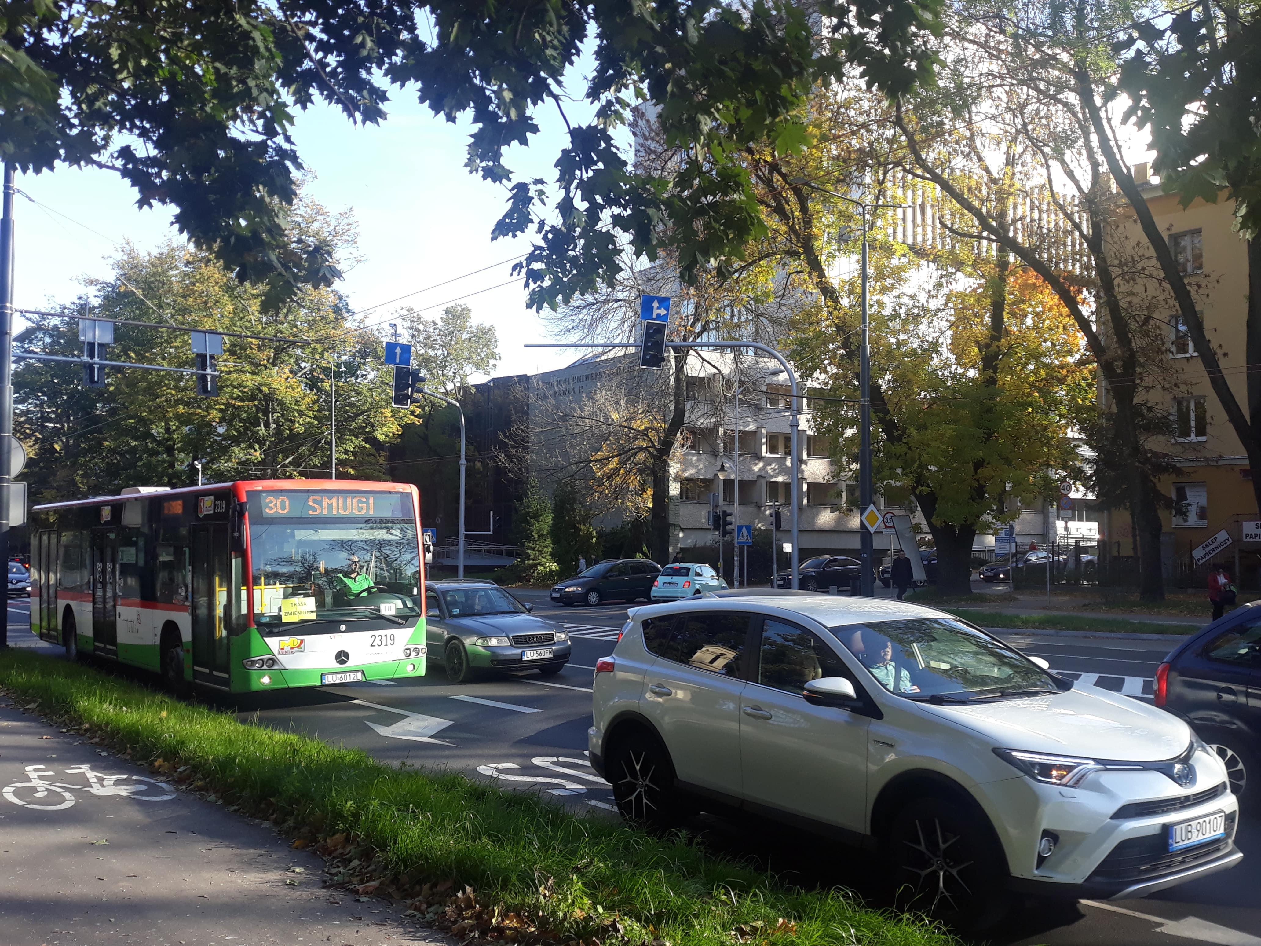 Lublin: Aleje Racławickie już po remoncie, a część świateł dalej nie działa. Ratusz wyjaśnia - Zdjęcie główne