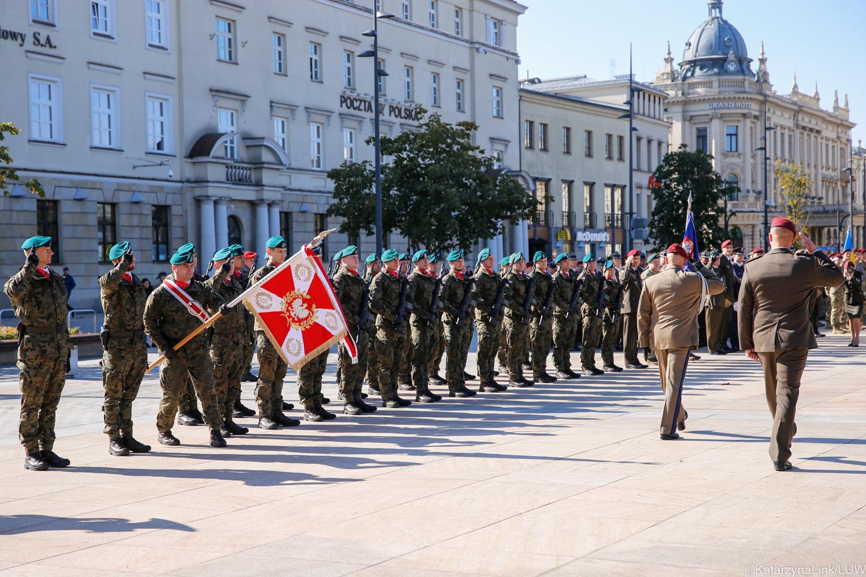 Lublin: Wielonarodowa Brygada świętowała 6-lecie istnienia. Ma też nowego dowódcę [GALERIA] - Zdjęcie główne