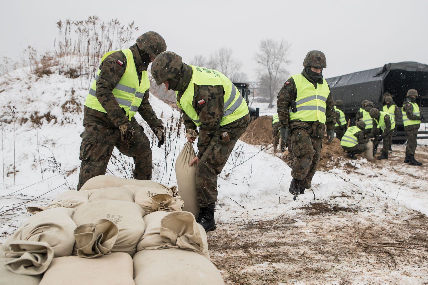 Lubelscy terytorialsi szkolili się na wypadek podtopień - Zdjęcie główne
