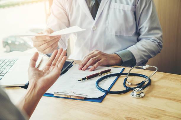 Lublin: W październiku bezpłatne badania w kierunku raka prostaty. Lekarz i pacjent opowiedzieli o chorobie - Zdjęcie główne