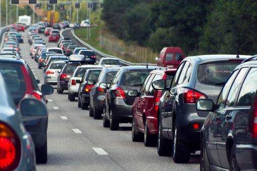 Lublin korki: Utrudnienia drogowe w mieście. Kierowcy postoją w centrum - Zdjęcie główne