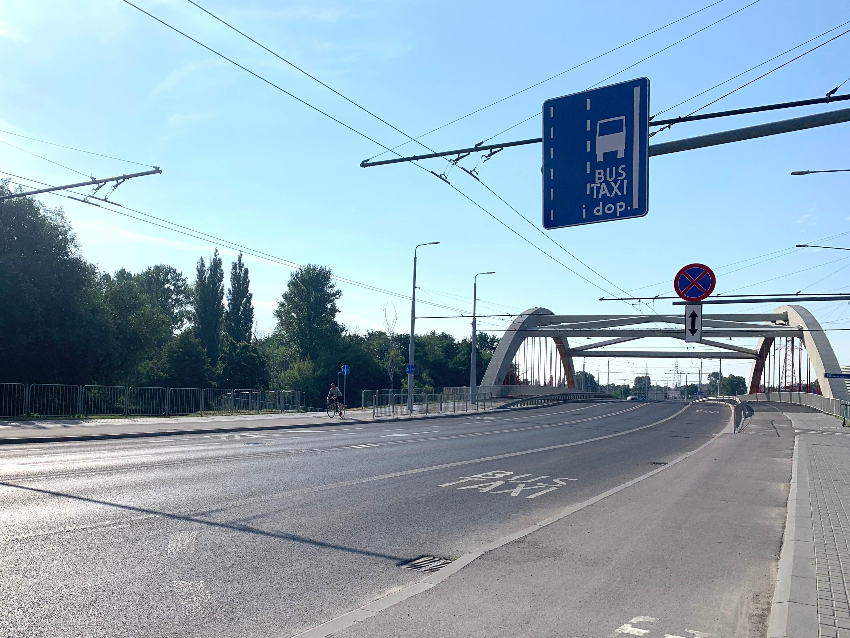 Lublin: Motocykliści i służby mundurowe mogą już korzystać z buspasów - Zdjęcie główne