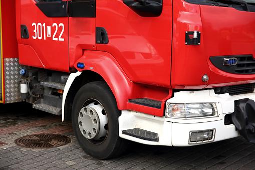 Pożar na lubelskich Bronowicach. Jedna osoba w szpitalu - Zdjęcie główne