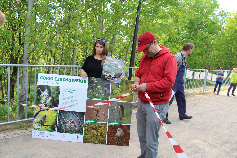 Lublin: ekolodzy symbolicznie zamknęli park na Górkach Czechowskich. Twierdzą, że niewiele ma wspólnego z naturą [WIDEO] - Zdjęcie główne