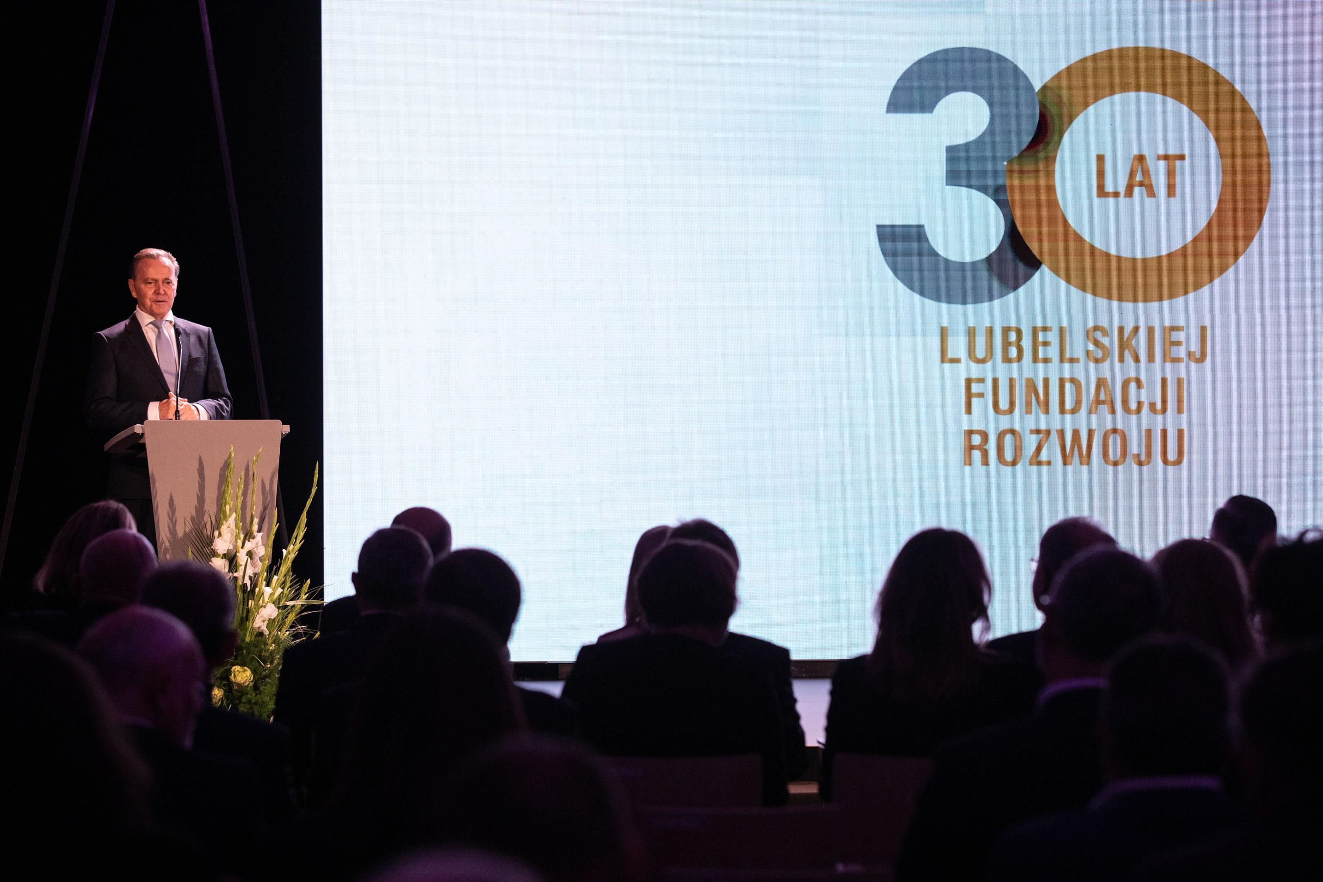 Lublin: Lubelska Fundacja Rozwoju działa już 30 lat. Jest jednym z pomysłodawców Portu Lotniczego Lublin - Zdjęcie główne