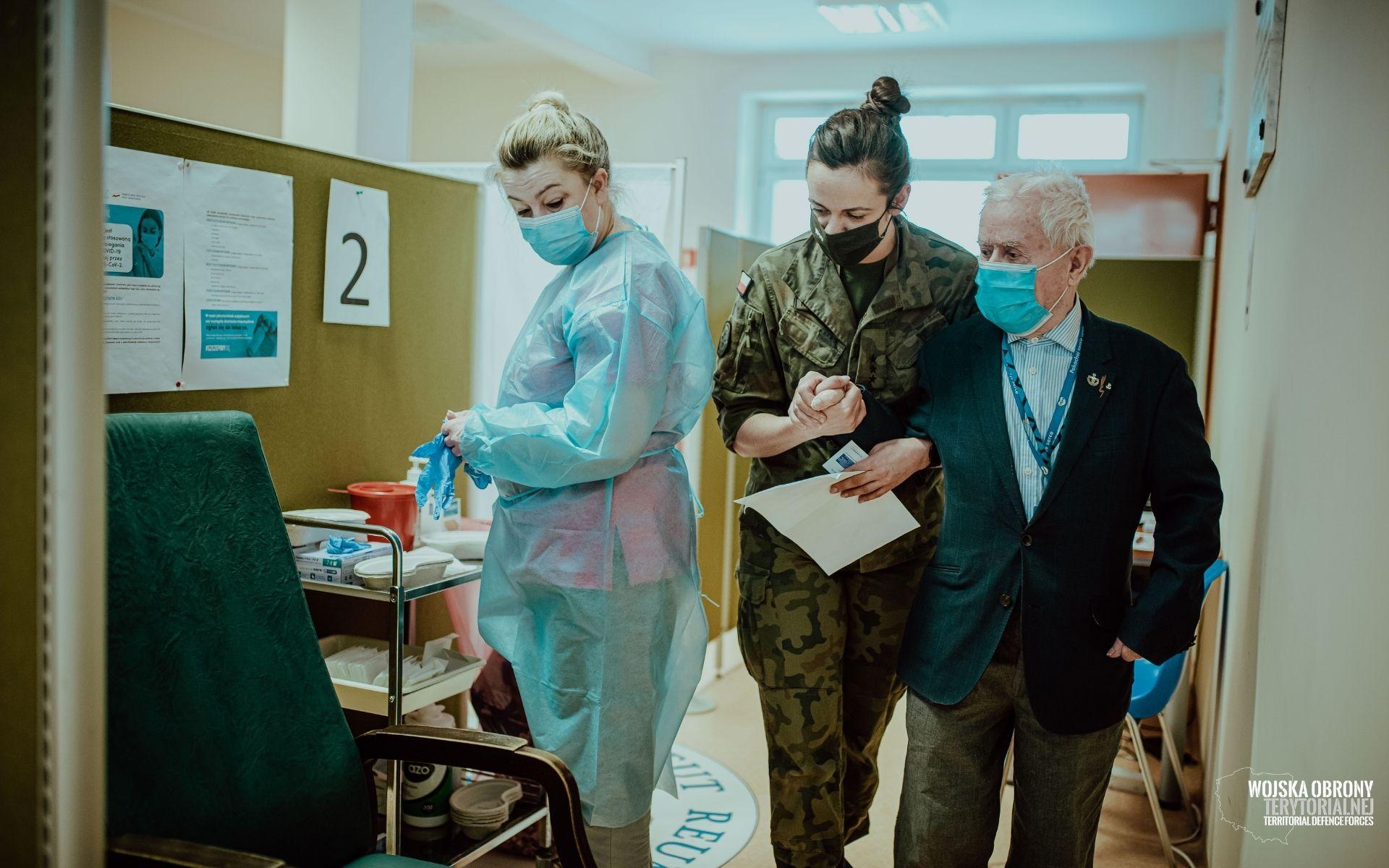 Lubelscy terytorialsi pomagają w szczepieniach przeciw COVID-19 - Zdjęcie główne