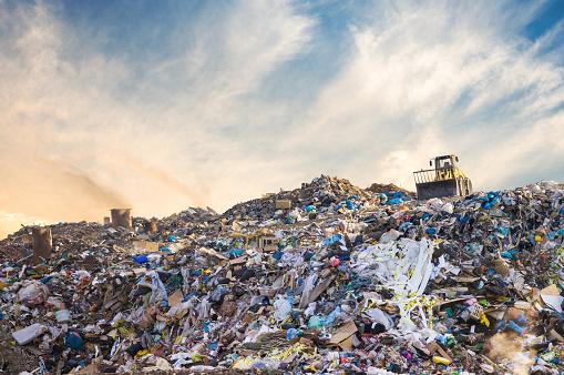 Lublinianie mają dość nielegalnych wysypisk śmieci na Dziesiątej i Kośminku - Zdjęcie główne