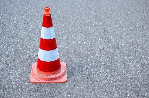Lublin: Przeciągają się utrudnienia drogowe na al. Kraśnickiej - Zdjęcie główne