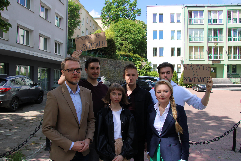 """Lublin: Koalicja Obywatelska przeciwna projektowi ustawy o lasach. Marta Wcisło: Powinien nazywać się: """"Lasy - prywatyzacja dla kasy"""" [WIDEO] - Zdjęcie główne"""