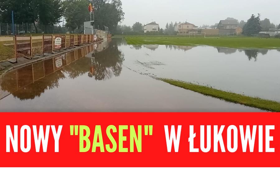 ŁUKÓW. Stadion Orląt pod wodą (WIDEO) - Zdjęcie główne
