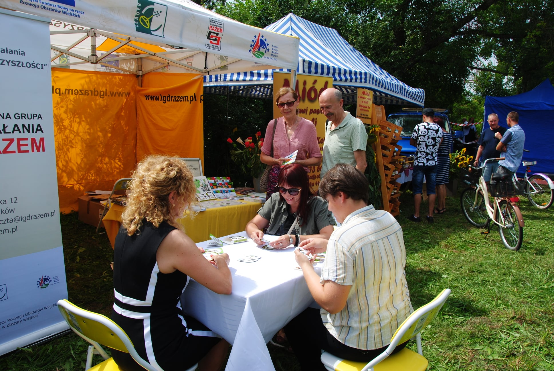 ŁUKÓW. LGD promuje Ziemię Łukowską grą karcianą typu dobble (WIDEO)  - Zdjęcie główne