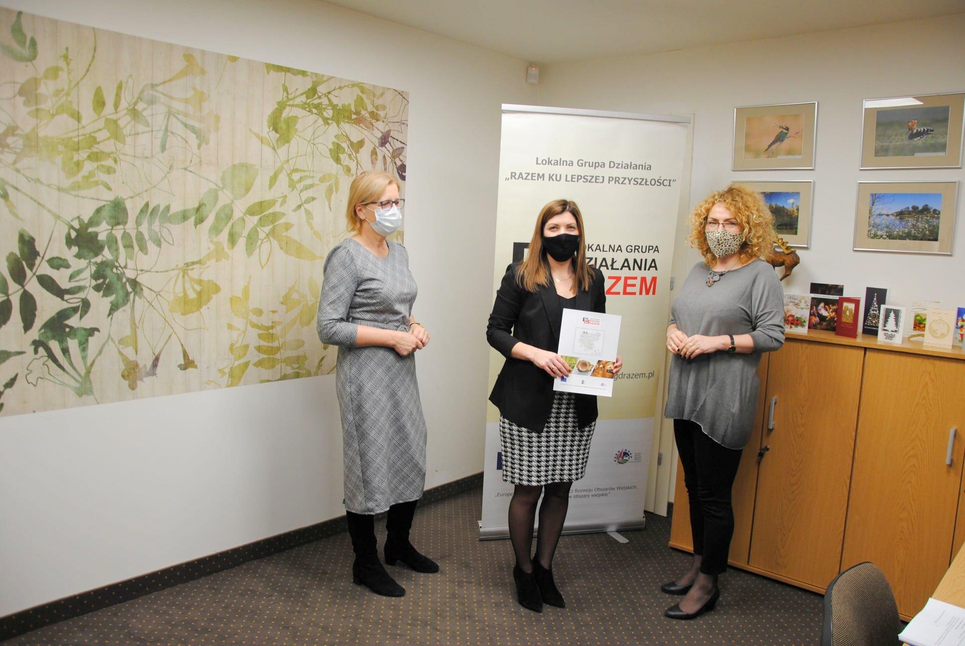 GMINA STANIN Ponad 10 tys. zł dla biblioteki w Staninie  - Zdjęcie główne