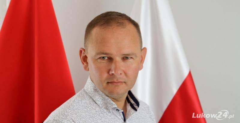 Piotr Płudowski dostał nominację do #hot16Challenge2 - Zdjęcie główne