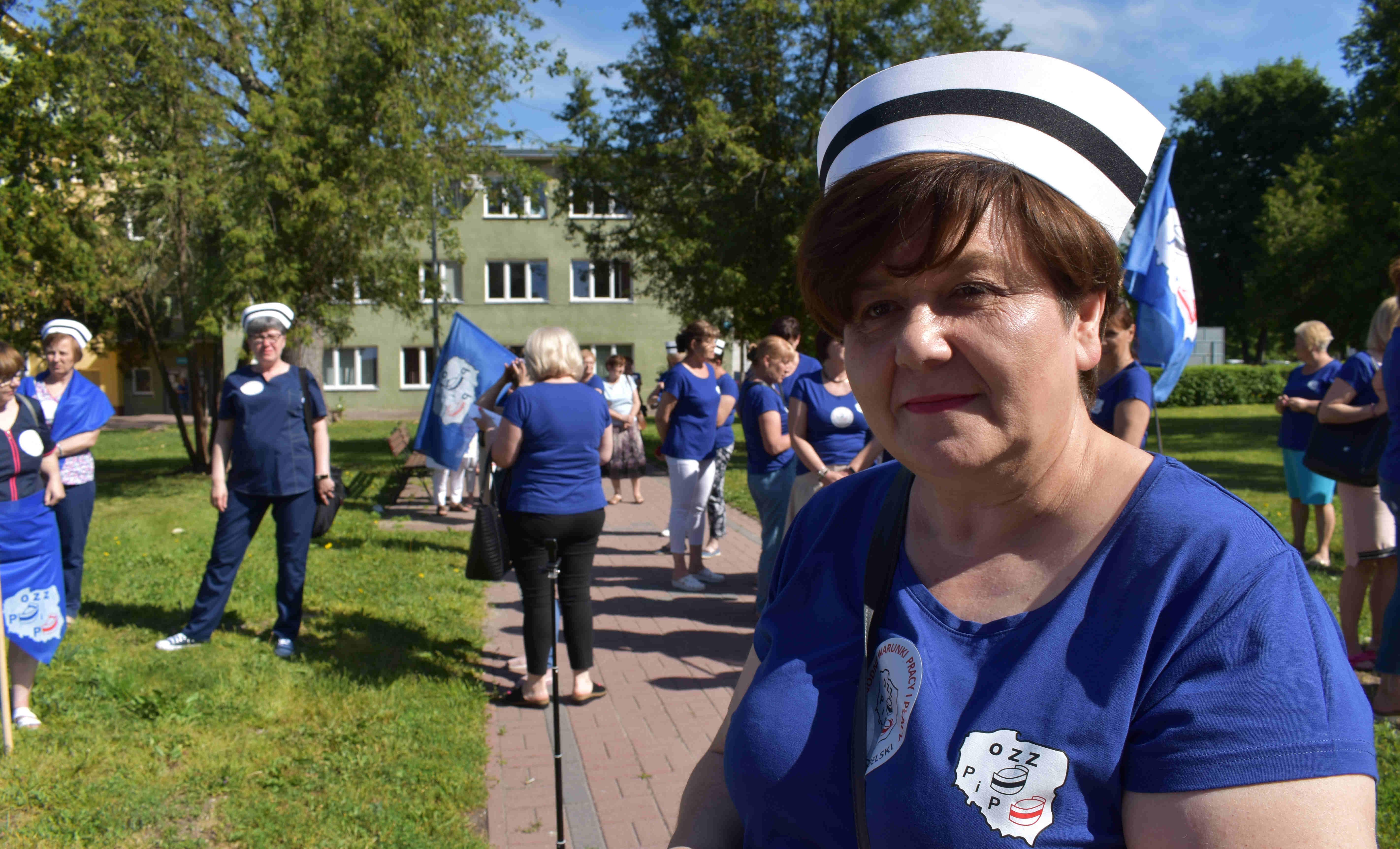 ŁUKÓW Pielęgniarki przeprowadziły strajk ostrzegawczy  (WIDEO) - Zdjęcie główne
