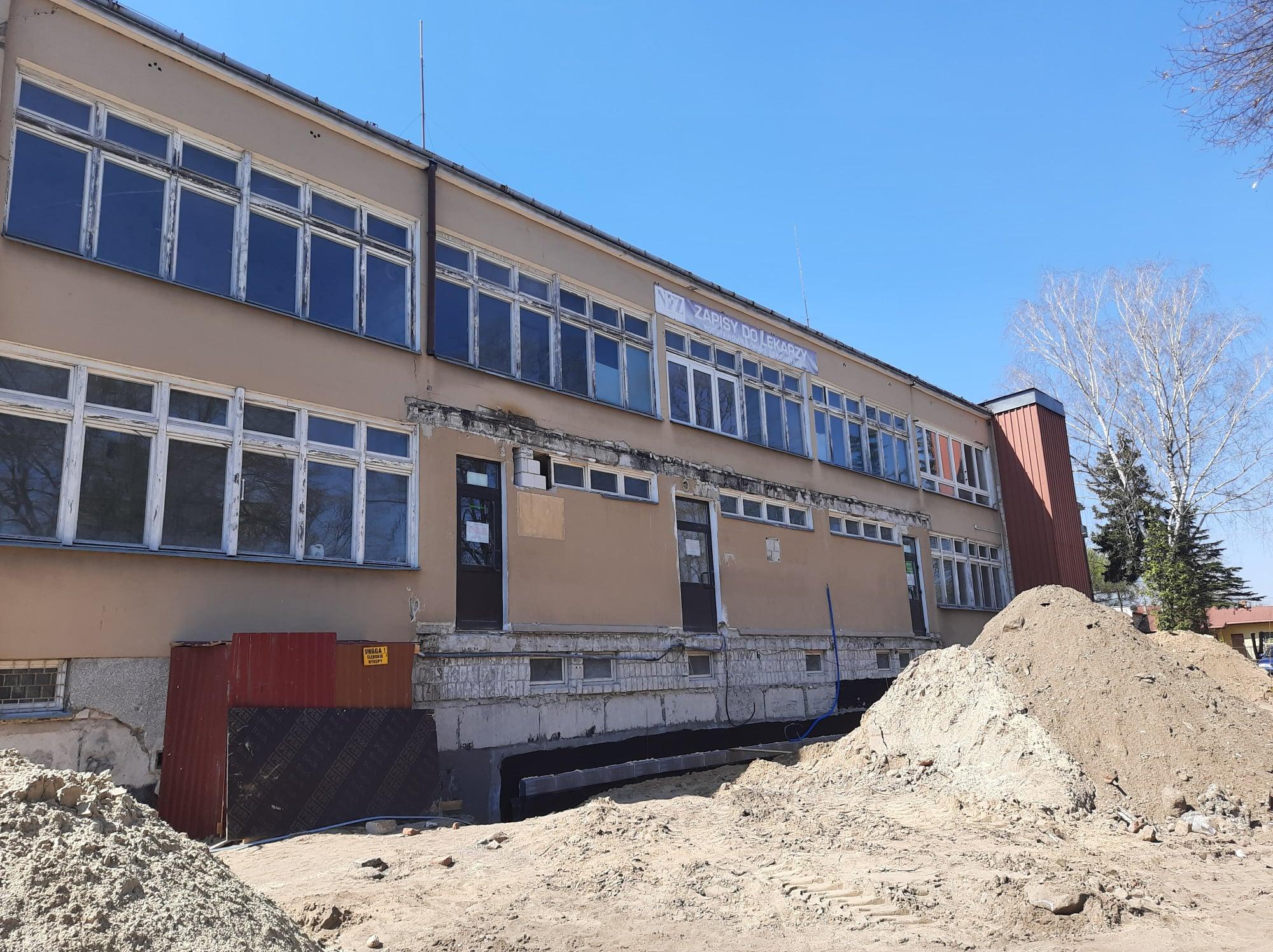 Trwa remont  Przychodni w Stoczku Łukowskim - Zdjęcie główne