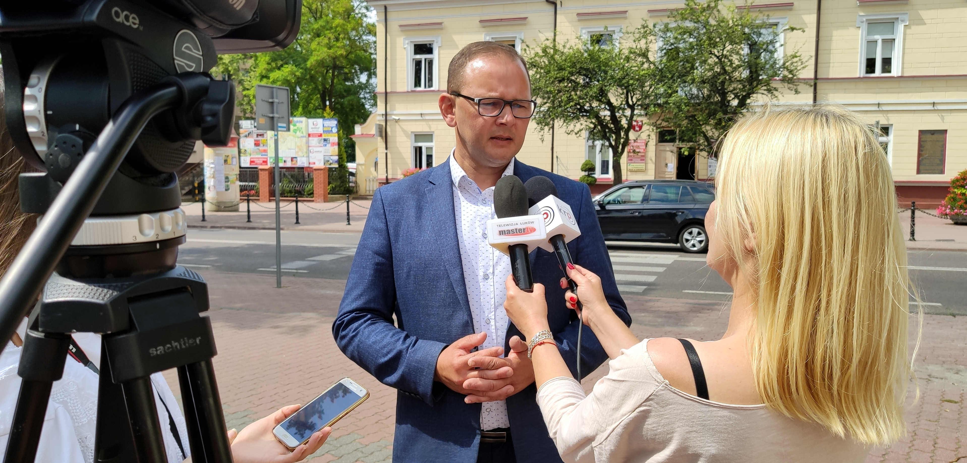 Dwa lata Piotra Płudowskiego. Burmistrz, który potrzebuje spokoju - Zdjęcie główne