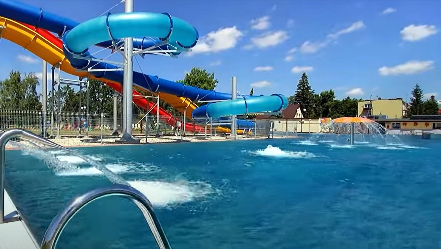 ŁUKÓW. Wiemy kiedy otwarcie basenów. Co z biletami? (WIDEO) - Zdjęcie główne