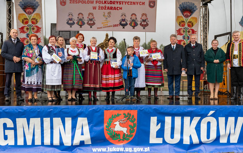 """POW. ŁUKOWSKI. Najlepszy festiwal w powiecie.  """"Złoty Kur Ziemi Łukowskiej 2021"""" - Zdjęcie główne"""