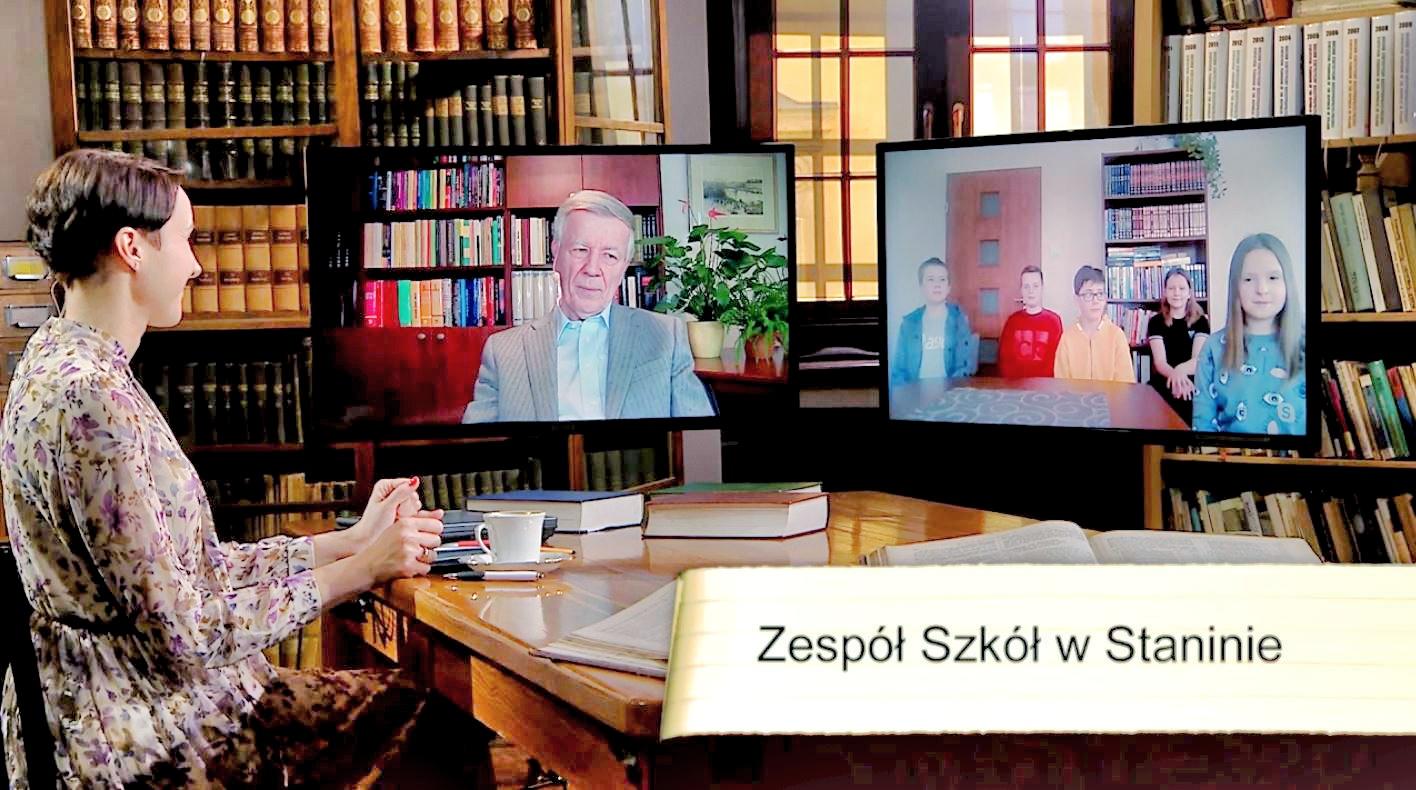 """Uczniowie ze Stanina """"przepytywali"""" prof. Miodka - Zdjęcie główne"""