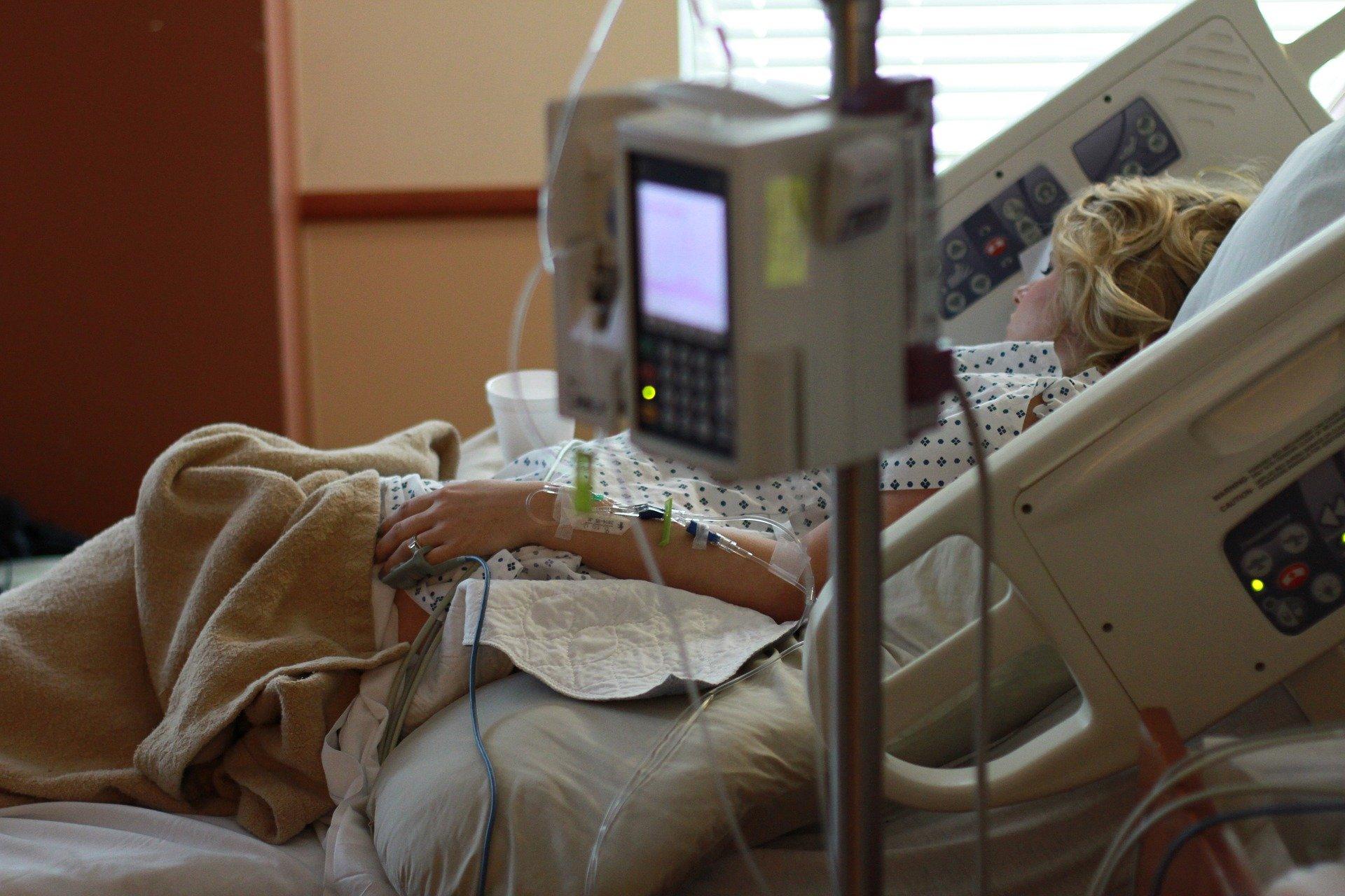 Łuków: szpital wypełniony chorymi na COVID-19 - Zdjęcie główne
