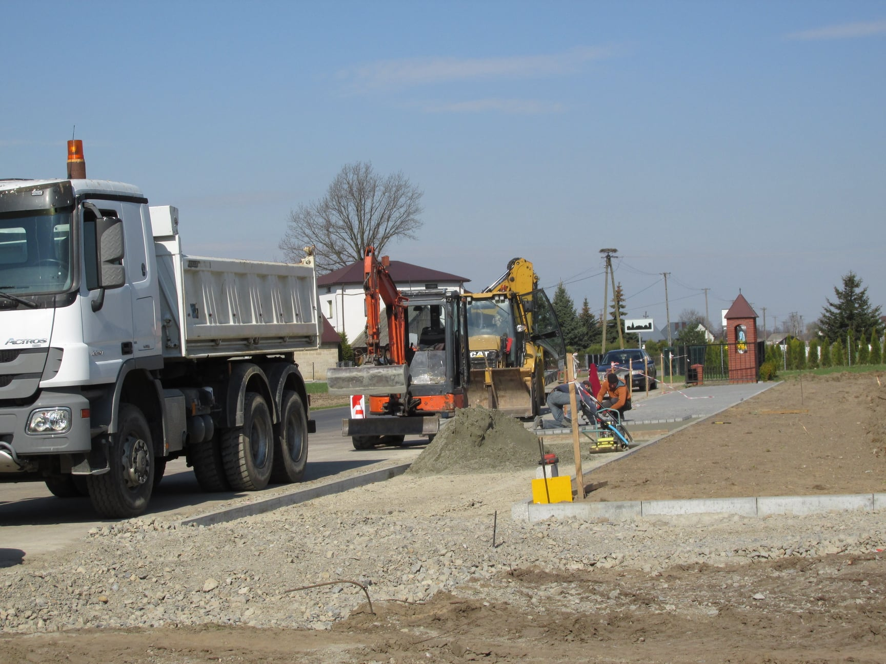 KRZYWDA. Ruszyły prace na Kopcu Sienkiewicza w Okrzei (WIDEO) - Zdjęcie główne