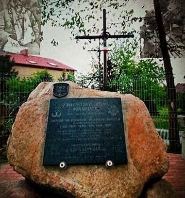 ŁUKÓW. Zaproszenie na odsłonięcie niezwykłego pomnika  - Zdjęcie główne