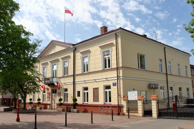 ŁUKÓW  Zmiany personalne  w Urzędzie Miasta.   - Zdjęcie główne