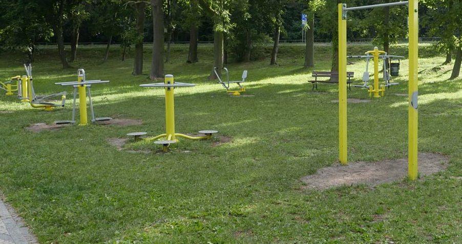 GMINA KRZYWDA Plac zabaw i siłownia zewnętrzna w Cisowniku - Zdjęcie główne