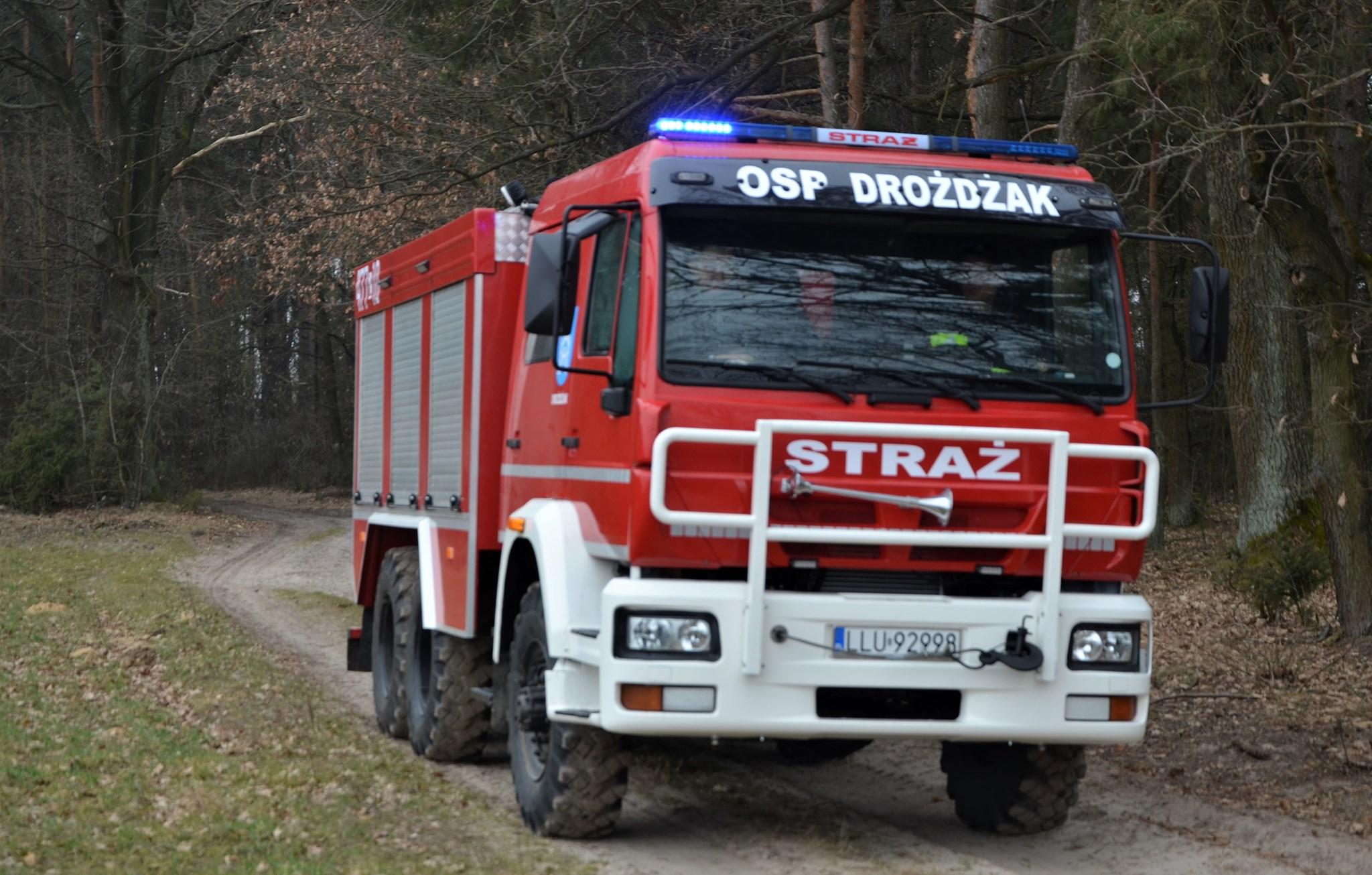 KRZYWDA. Nowy wóz dla OSP Drożdżaka  - Zdjęcie główne
