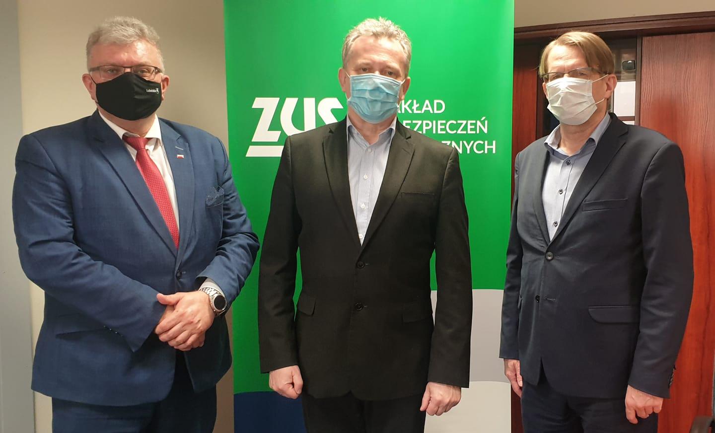 ŁUKÓW. Starosta Szustek i radny Szczygieł rozmawiali z dyrektorem ZUS - Zdjęcie główne