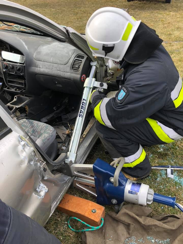 KRZYWDA Strażacy ćwiczyli ratownictwo techniczne (GALERIA) - Zdjęcie główne