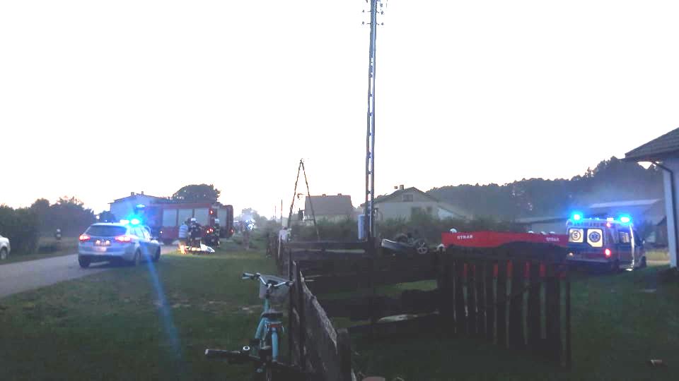 Śmiertelny wypadek w Charlejowie. Zginął 19-latek (ZDJECIA) - Zdjęcie główne