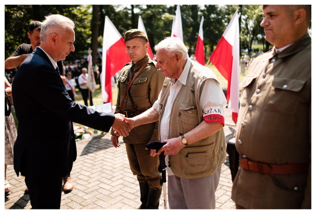 ŁUKÓW. Święto Wojska Polskiego. Wyróżnienie dla Ryszarda Grafika (GALERIA) - Zdjęcie główne