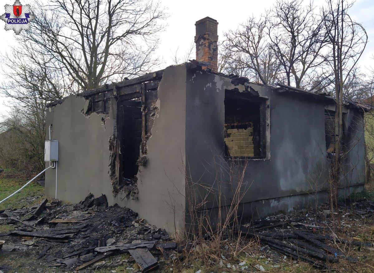 61 - latek zginął w pożarze  - Zdjęcie główne