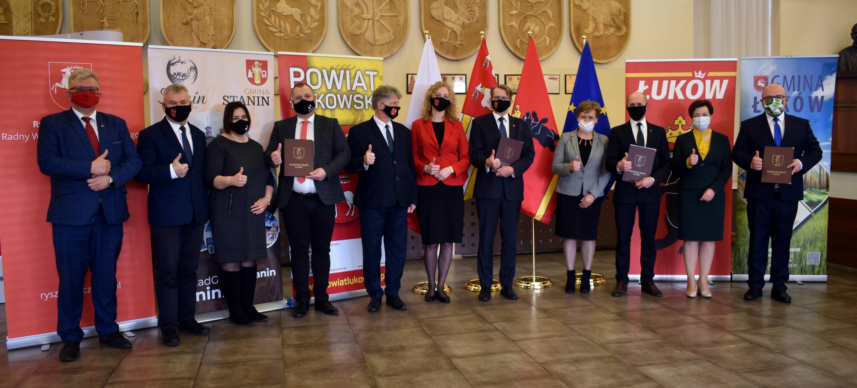 ŁUKÓW. Ranking najbardziej wpływowych polityków powiatu. Kto wygrywa? (WIDEO) - Zdjęcie główne