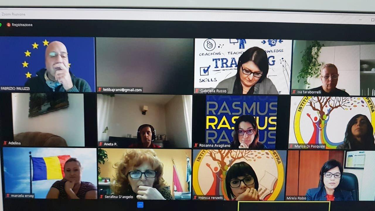 GMINA ŁUKÓW Erasmus+ on line w szkole w Czerśli - Zdjęcie główne