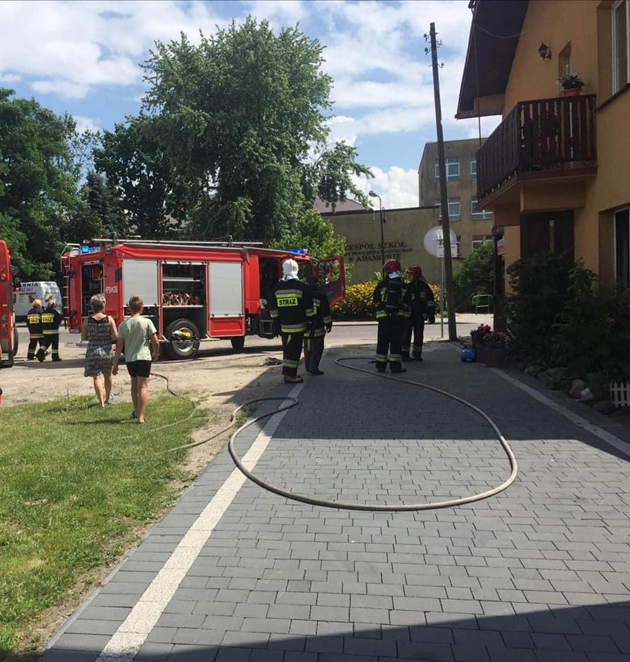 Dzisiaj przed południem strażacy gasili ogień w Pizzerii Piekiełko w Adamowie  - Zdjęcie główne
