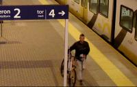 Poszukiwany sprawca kradzieży rowerów i hulajnogi - Zdjęcie główne