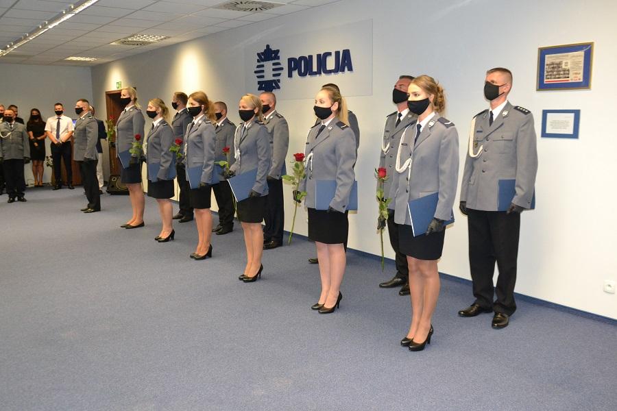 Święto Policji w Siedlcach. Policjantkom wręczyli róże - Zdjęcie główne