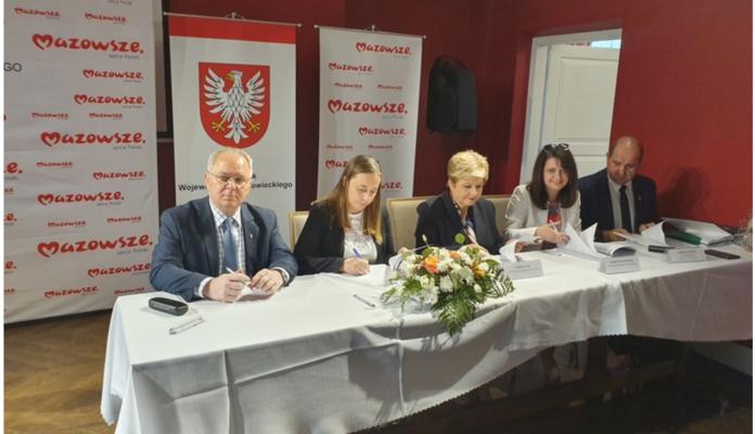 50 tysięcy dla gminy Wiśniew - Zdjęcie główne