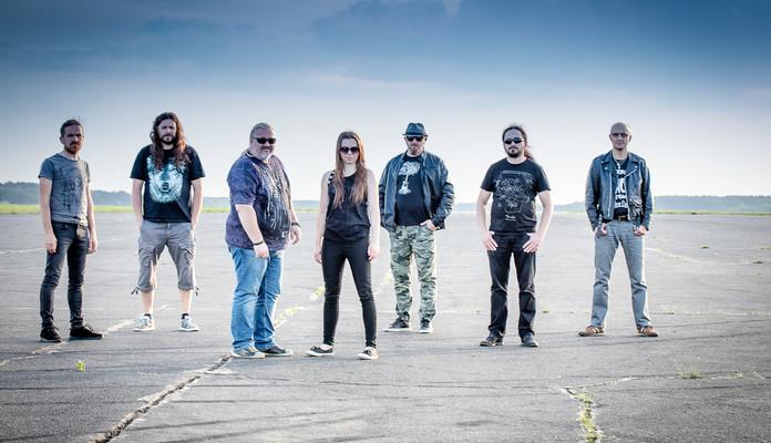 Guitar Division - koncerty zespołów Aga Skup i Przyjaciele, Blue Rain i Deuce - Zdjęcie główne