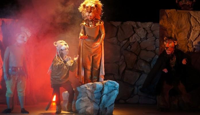 Siedlce: Król lew i Dziady - Zdjęcie główne