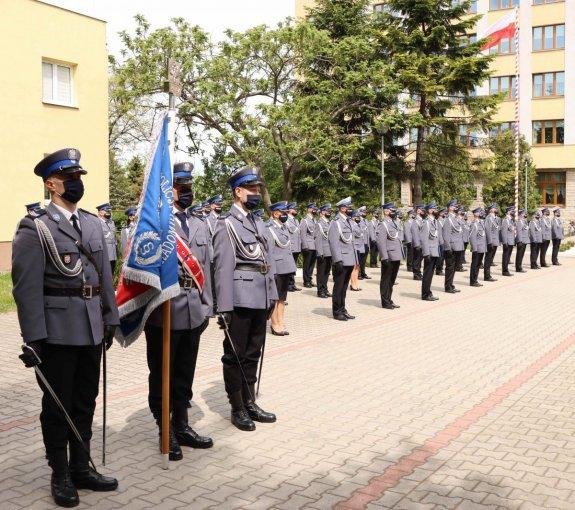 68 nowych oficerów w garnizonie mazowieckim - Zdjęcie główne